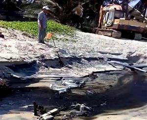 Du khách nước ngoài kinh hoàng vì nước thải tại khu du lịch